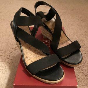 Black strap sandal wedges